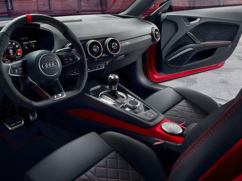 Audi TTS Coupé 02